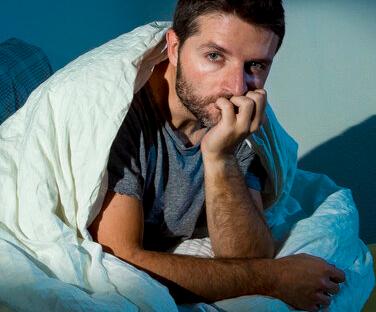 如果长期通过外源性地补充雄激素会出现多种副作用