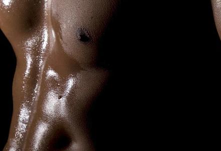 类似于长跑马拉松长泳等等都会对我们的肌肉含量造成一定的损伤