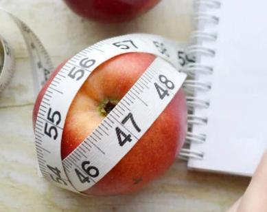 不同的人选择的减肥方法是不同的而错误的减肥方法给身体带来的是各种副作用