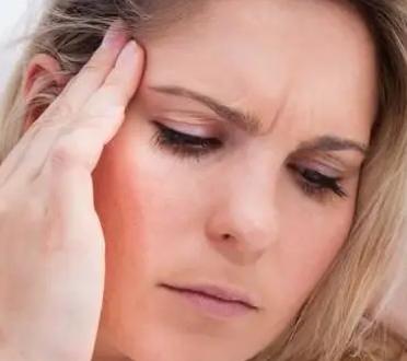 气血不足的人通常出现的症状就是牙齿萎缩