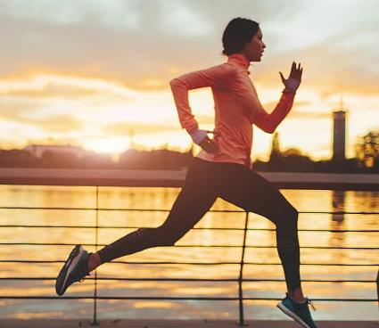 跑步时感到累的是我们的呼吸方式不对