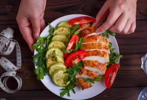 低碳水化合物饮食:您一天应该吃多少脂肪?