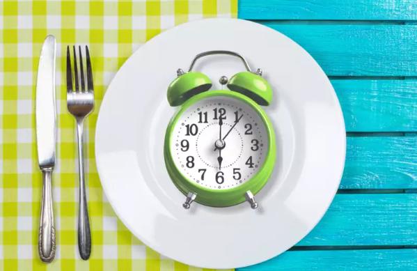 减肥:尝试间歇性禁食之前 您应该了解的所有信息