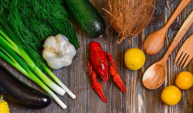 饮食指南的初步报告强调需要健康的饮食习惯