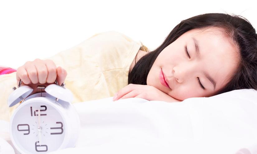 在秋季如果想要养生就要注意好自己的睡眠