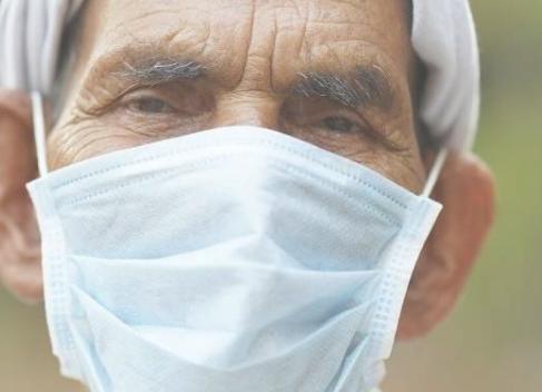 营养建议以增强一线工人的免疫系统