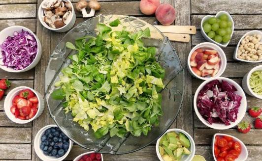 根据新社论植物性饮食可促进健康的衰老