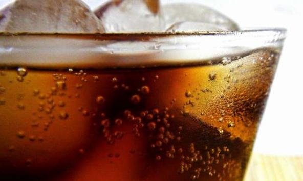 恒达登录注册购买大量的软饮料这与低社会经济地位和不健康的食物选择有关