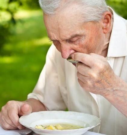 对于糖尿病患者来说如何吃早餐不但是健康的基本要求