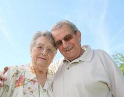 改善老人味建议多做三件事