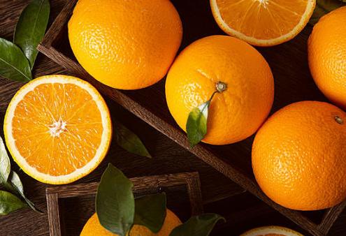橙子含有丰富的维生素膳食纤维微量元素等成分