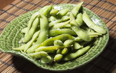毛豆常被用来当做凉菜或者下酒菜食用