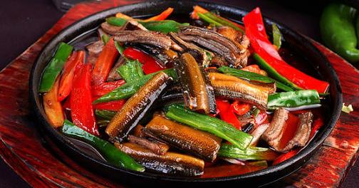 黄鳝虽然美味营养食用也有一定的注意事项