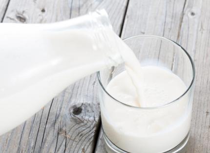 牛奶适合什么时候喝