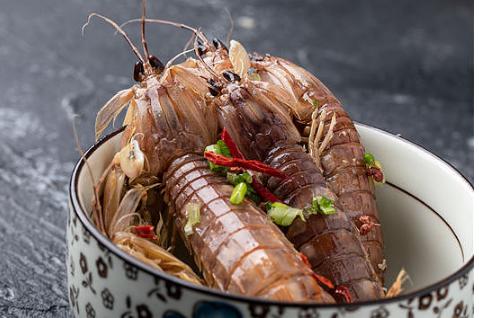 正确的季节吃皮皮虾更加美味营养