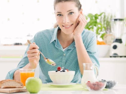 轻松的早餐食谱适合忙碌的早晨