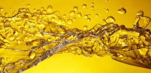 了解金黄色的油茶油的好处