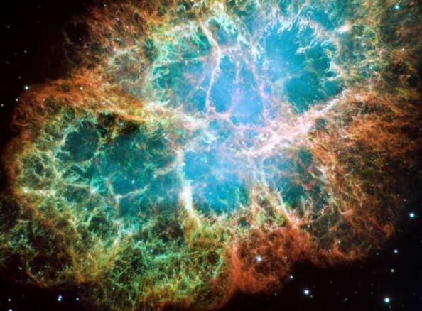 来自脉冲星的巨大无线电脉冲的能量比以前认为的高数百倍