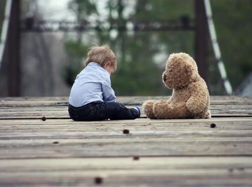 最新研究表明自闭症在女孩中的发展与男孩不同