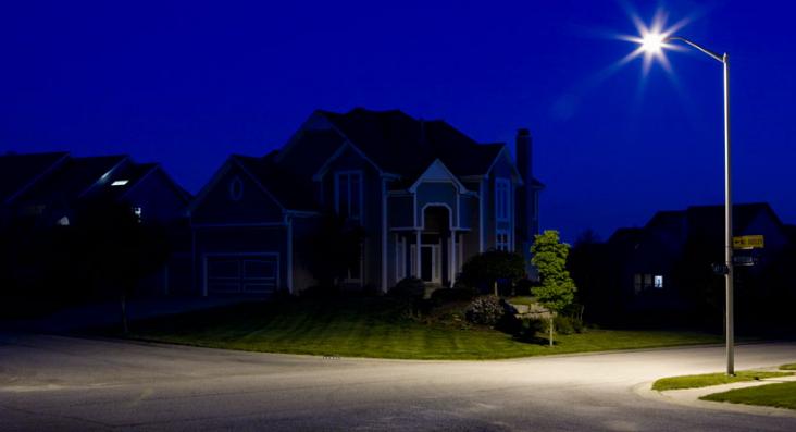 昏暗的灯光可能会增加西尼罗河病毒暴露的风险