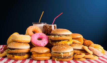 西方饮食增加了绝经后女性的血清游离雌二醇水平