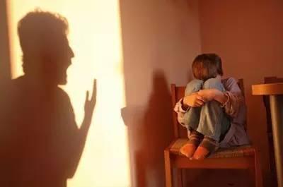 社交媒体可以识别有产后抑郁风险的父亲