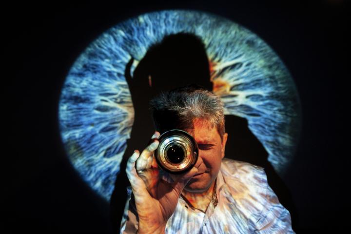 超级相机可以快速 廉价且无痛地诊断角膜疾病