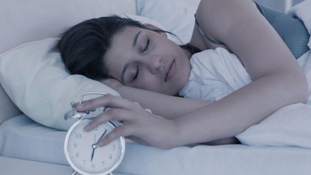 接触环境化学物质可能会影响更年期的睡眠