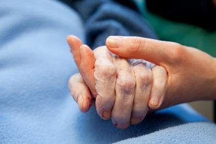 阿尔茨海默氏病的新途径为潜在疗法提供了更早的靶点