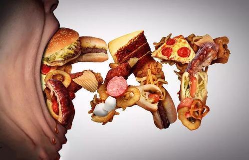 妇女吃太多垃圾食品患不育症的可能性是原来的两倍