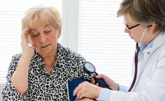 强化降压对老年高血压患者有益