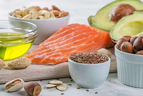 高质量饮食与较低的偏头痛频率和严重程度有关