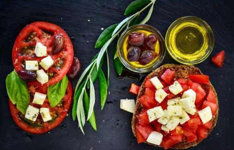 吃植物性饮食引起的肠胃胀气增加表明肠道微生物群更健康