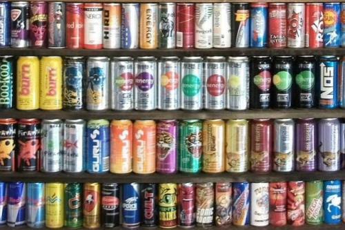 能量饮料对青少年构成健康风险
