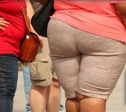 体重相反极端女性的神经活性类固醇异戊烷醇酮水平较低