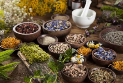 研究发现传统草药在治疗各种感染方面比化学药物有效