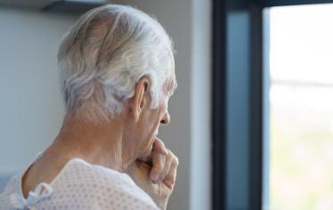 大脑对阿尔茨海默氏症有何反应