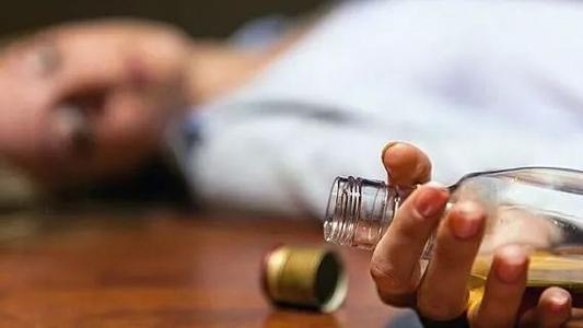 酗酒可能会增加心律异常患者的死亡风险