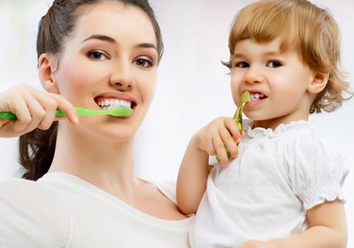 刷牙可以推迟阿尔茨海默氏症