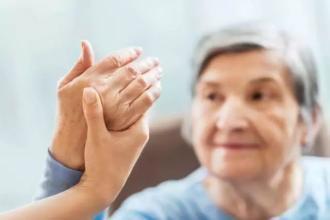 听力和视觉障碍与痴呆症风险增高有关